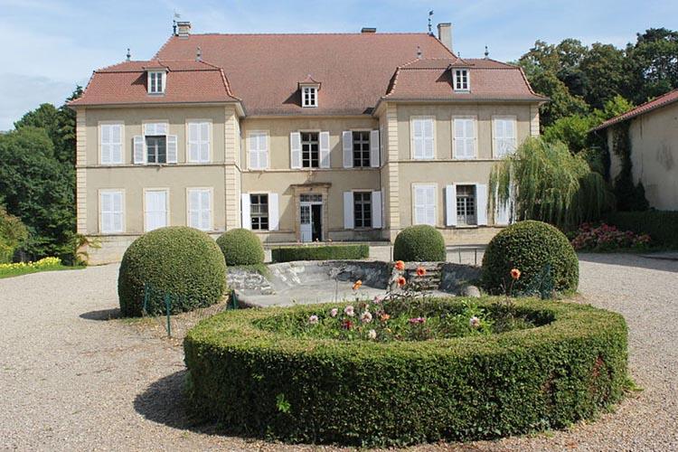 Vue du Chateau de la Moidière à Bonnefamille (38)